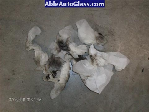 Acura RL 2005-2008 Windshield Replaced - dirty towels