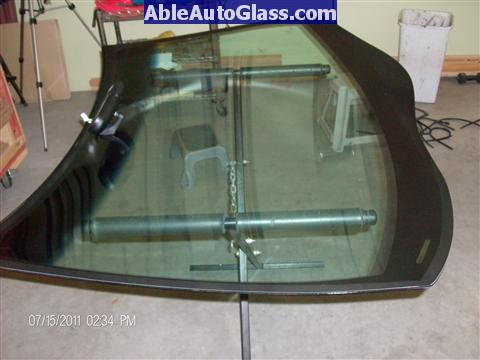 Acura RL 2005-2008 Windshield Replaced - frit primer on auto glass