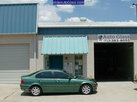 BMW-323i-1999-Windshield-Replace-Ready-for-Delivery