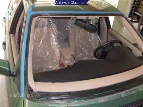 BMW-323i 1999-Windshield-Replace-Windshield-Removed