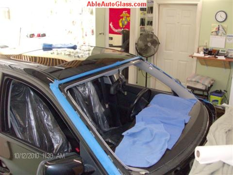 BMW 5451 2005 Windshield Replace Houston, TX-All Trimmed