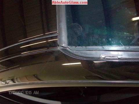 BMW 5451 2005 Windshield Replace Houston, TX-Close-up