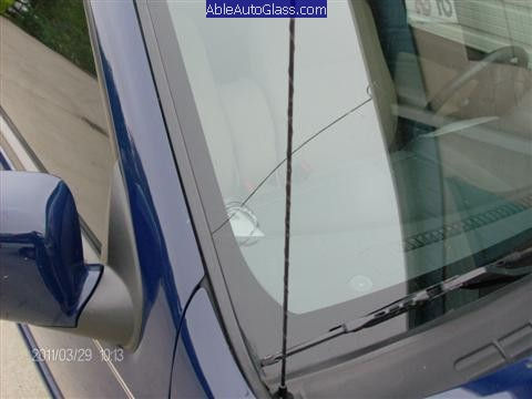 Chevy Colorado 2004-2011 Windshield Replacement - Crack in Auto Glass