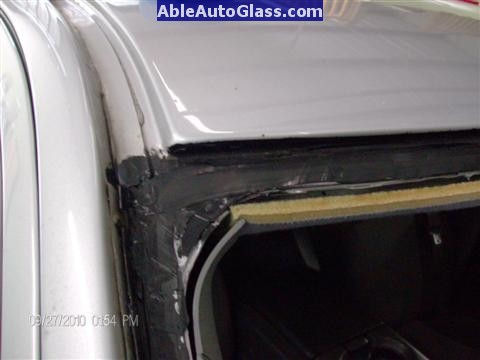 Ford F150 2005-2008 Standard Cab Windshield Repalcement - Primed Pinchweld with Black Primer