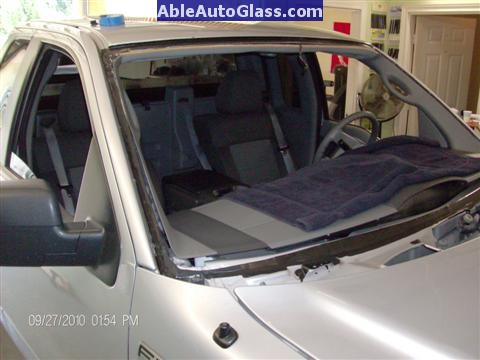 Ford F150 2005-2008 Standard Cab Windshield Repalcement - View of Primed Pinchweld