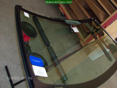 Ford Mustang 2000 Front Windshield Replacement -  Rear View Mirror and Sticker install on New Auto Glass