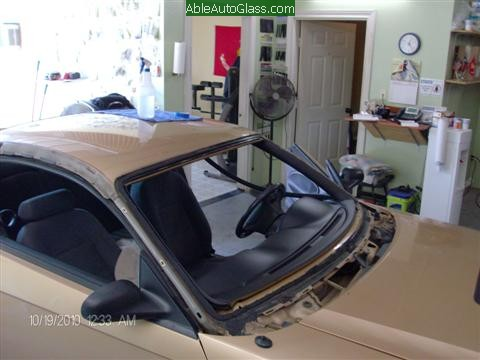 Ford Mustang 2000 Front Windshield Replacement Removed