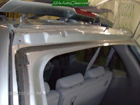 Honda-Odyssey-Back- Glass- Replacement Close-up