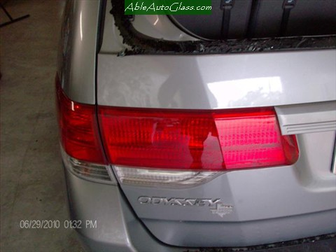 Honda-Odyssey-Back- Glass- Replacement Rear View