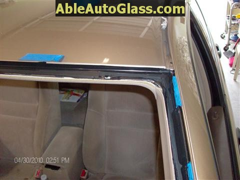 Honda Accord 2003-2007 Windshield Replace - Trimmed and Primed