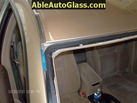 Honda Accord 2003-2007 Windshield Replace - View of Clean Pinchweld