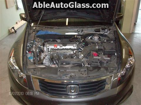 Honda Accord 2010 Front Windshield Replacement - Cowl and Wipers Removed