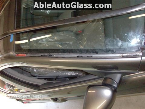 Honda Accord 2010 Front Windshield Replacement - Removing Drip Rail Molding
