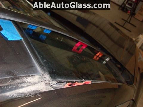 Honda Accord 2010 Front Windshield Replacement - View of A-pillar Clips
