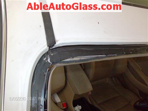 Honda Accord Coupe 2002 Windshield Replacement - Trimmed Old Seal down to 1-2mm Thin