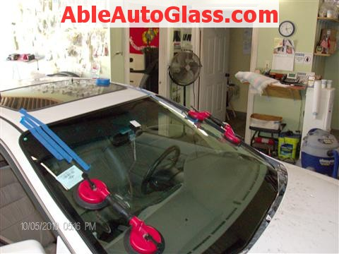 Honda Accord Coupe 2002 Windshield Replacement - Two Person Set With Suction Cups