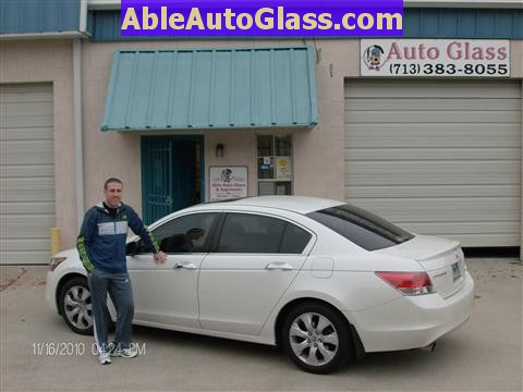 Honda Accord Sedan 2008-2011 Windshield Replace - Happy Client