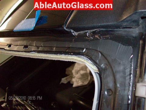 Honda Element 2010 Windshield Replace - Windshield Removed