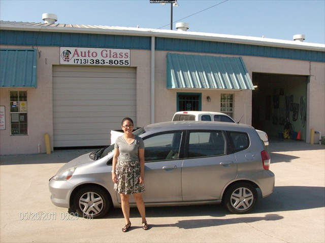 Honda Fit 2007 - Windshield Replacement - Andrea Bean