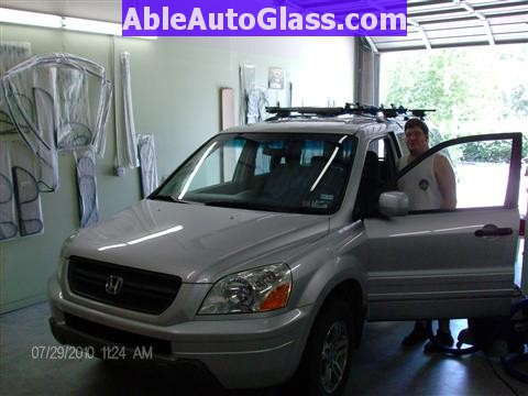 Honda Pilot 2003-2008 Windshield Replace - All Back Together