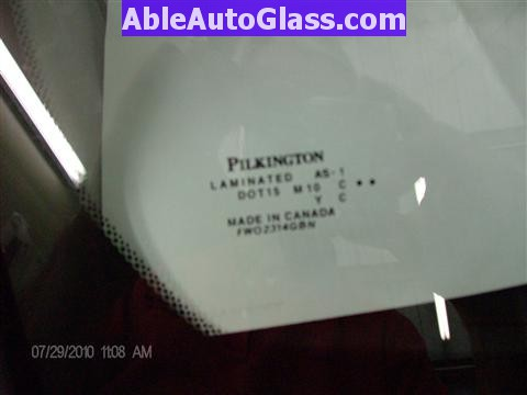Honda Pilot 2003-2008 Windshield Replace - Bug - Pilkington DOT 15 Made in Canada