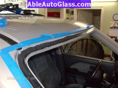 Honda Pilot 2003-2008 Windshield Replace - Trimed Down to 1-2 mm Thin