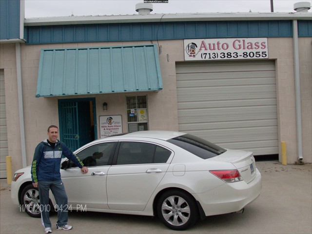 HondaAccord2009WindshieldReplacement-2