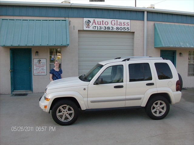 Jeep Liberty 2005 - Windshield Repair - Mrs Rosenbaugh