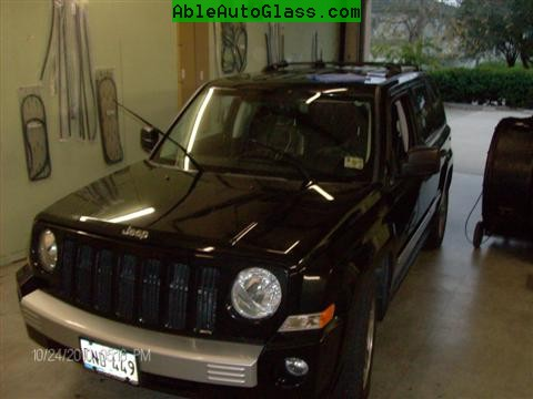 Jeep Patriot 2007-2011 Windshield - Replacement - All Back Together