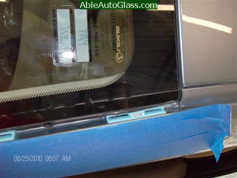 Lexus IS250 2010 Windshield Replacement - blue clips upper left