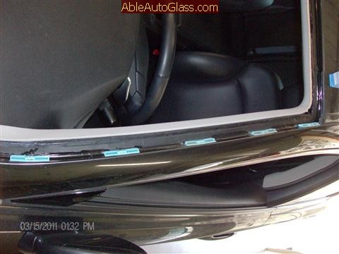 Lexus IS 250 2008 Windshield Replace - drivers side view of clips