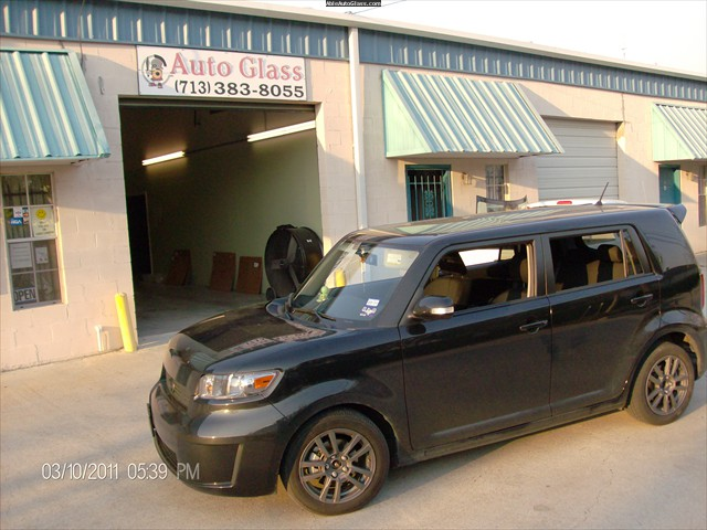 Scion XB 2008 Windshield Repair