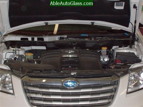 Subaru Tribeca 2008-2011 Windshield Replacement - Removing Wipers and Cowl