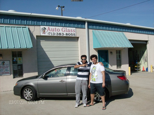 Toyota Avalon 2006 Front Left Door Glass Replacement Omar Mohammed - Khalid Almousa