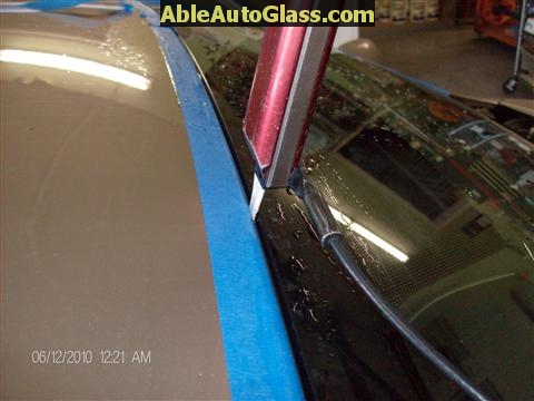 Toyota Corolla 2009-2011 Acoustic Windshield - using paint protector blade