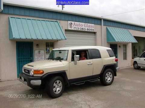 Toyota FJ Cruiser 07-10 Windshield Replacement Ready for Delivery
