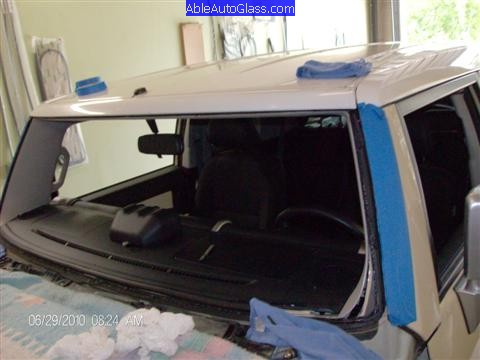 Toyota Fj Cruiser 07 10 Windshield Replacement Removed