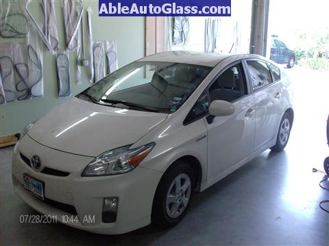 Toyota Prius 2010-2011 Windshield Replaced- just arrived