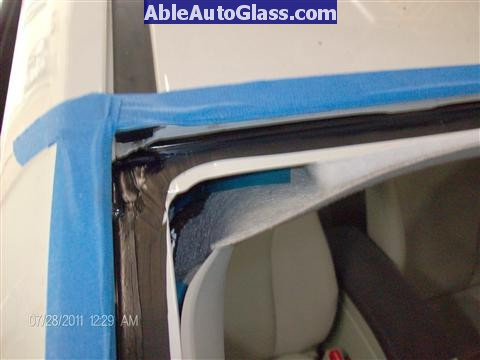 Toyota Prius 2010-2011 Windshield Replaced - all primed