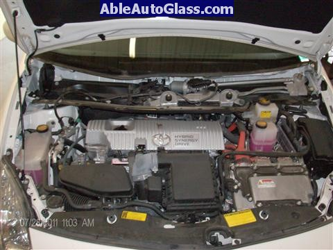 Toyota Prius 2010-2011 Windshield Replaced - cowl and wipers removed