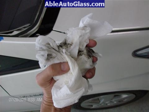 Toyota Prius 2010-2011 Windshield Replaced - dirty towels