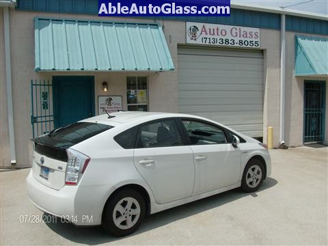 Toyota Prius 2010-2011 Windshield Replaced - Ready to Roll