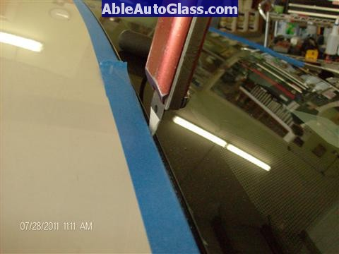 Toyota Prius 2010-2011 Windshield Replaced - using paint protector blade