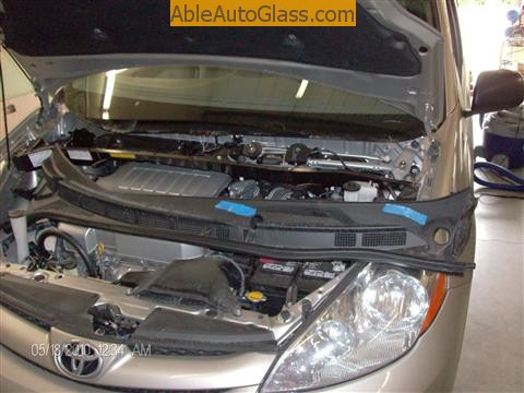 Toyota Sienna Windshield Replace - cowl and wipers removed