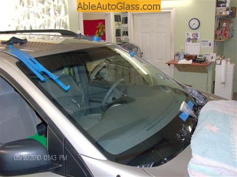 Toyota Sienna Windshield Replace - windshield installed